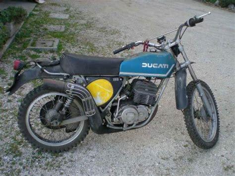 Ducati 125 Regolarita Classic Motorcycle Pictures