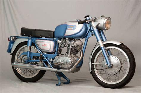 Ducati De Luxe 250 | Motos clásicas | Motociclismo.es