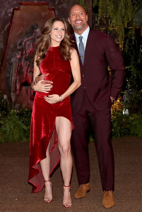 Dwayne Johnson & Girlfriend Step Out After Revealing Baby ...