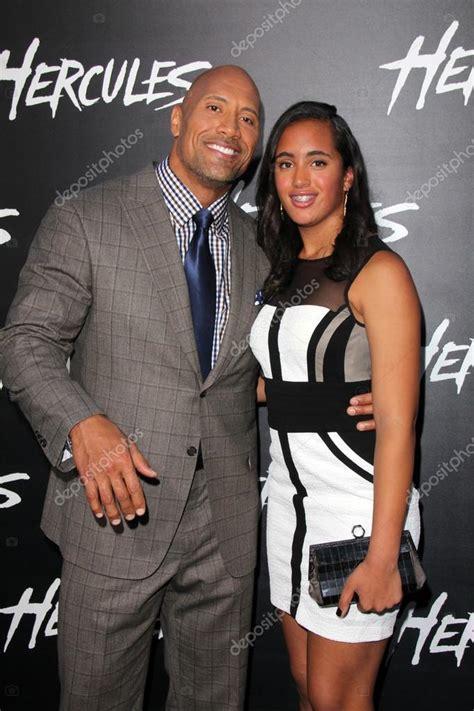Dwayne Johnson, Simone Alexandra Johnson — Foto editorial ...