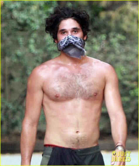 DWTS  Alan Bersten Bares His Ripped Abs During a Shirtless ...