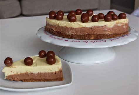 Easy, no bake milk and white chocolate Malteser cheesecake ...