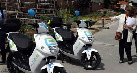 eCooltra Motosharing: Madrid estrena un alquiler de motos ...