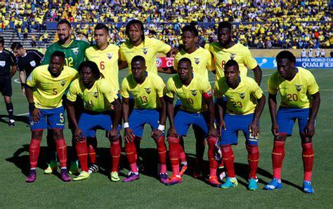 Ecuador renueva su escuadra en busca de un milagro ante ...