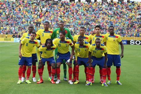 ECUADOR SUBE UN PUESTO EN RANKING FIFA | Revista Estadio