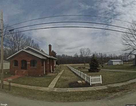 Edgington Funeral Home, Hillsboro funeral directors ...