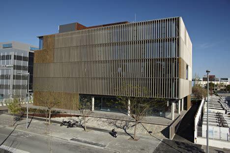Edificio Sostenible MRW • CONSTRUIBLE