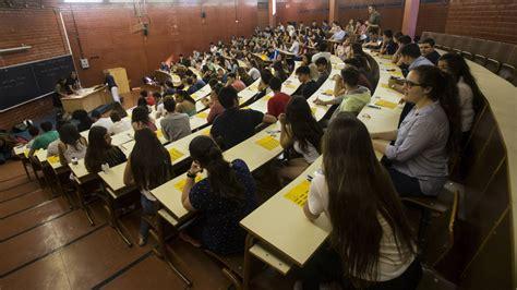 Educación: La  secta  de la Universidad de Barcelona: la ...