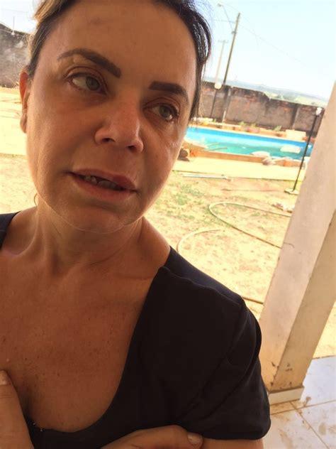 EGO   Flor, do  Programa Silvio Santos , tem a chácara ...