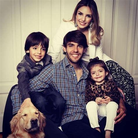 EGO   Kaká posta foto com a mulher, Carol Celico, e os ...