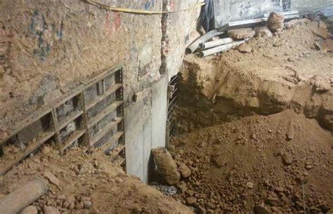 Ejecución de recalce de muros por bataches en sótano | e STRUC