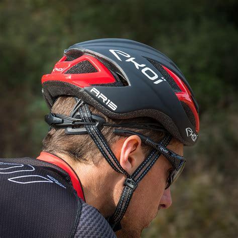 EKOI AR13 matt black / red helmet