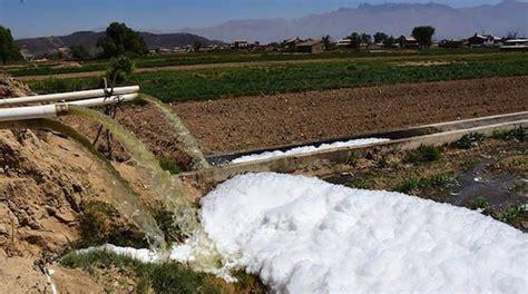 El agua contaminada vuelve a la ciudad en productos ...