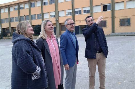 El alcalde asiste a los actos organizados por el IES ...