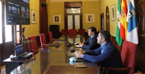 El alcalde firma con la Junta de Andalucía el convenio del ...