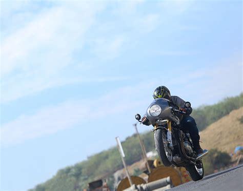 El amor por Triumph de un probador de motos   For The Ride