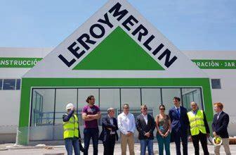El antiguo Akí de Figueres reconvertido en Leroy Merlin ...
