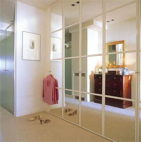 El armario del dormitorio | Interiores de armarios ...