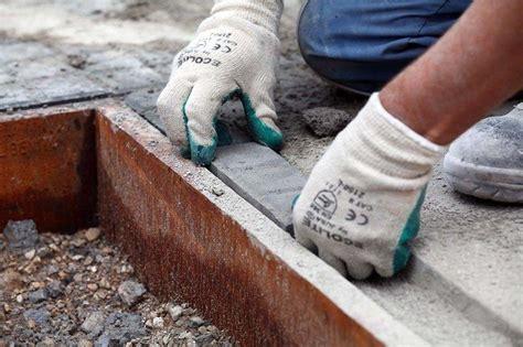 El Ayuntamiento de Cornellà contratará a 155 personas en ...