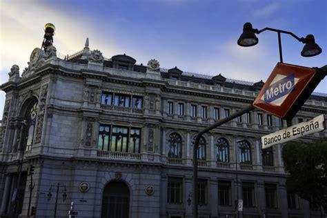 El Banco de España advierte de la incertidumbre política y ...