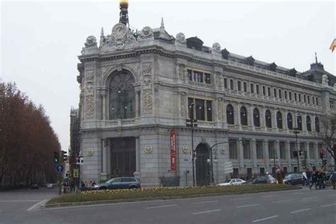 El Banco de España certifica que el país está en recesión ...