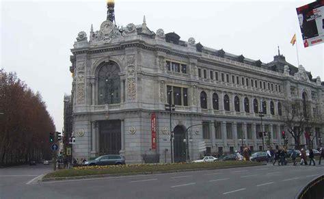 El Banco de España dice que los sueldos bajaron más de lo ...