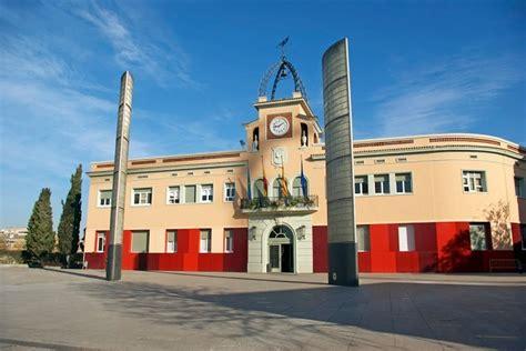 El Banco Santander financiará la compra de viviendas de Sareb