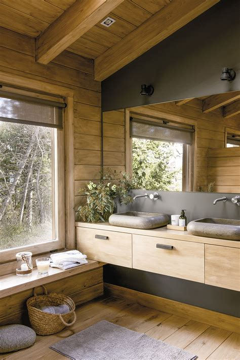 El baño también está envuelto en madera en 2019 | Baños ...