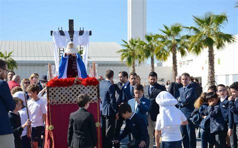 El Colegio CEU San Pablo Sevilla vive la Semana Santa ...