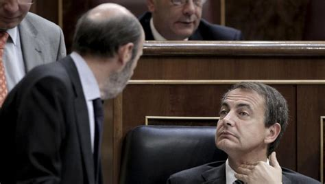 El Congreso da la espalda al nuevo Gobierno de Zapatero