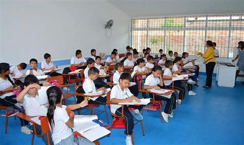 El derecho a la educación no se le niega a nadie: Ana ...
