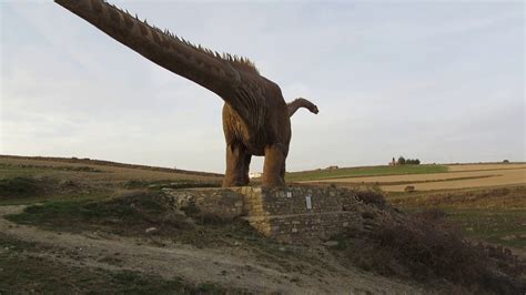 El dinosaurio de Fuentes de Magaña  Soria    YouTube