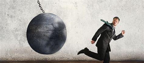 El enemigo de un creativo | Enemigos, Creatividad, Diseño ...