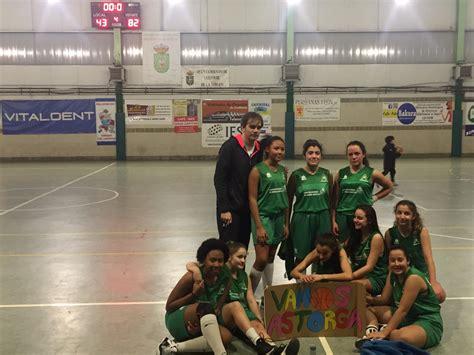 El equipo de baloncesto femenino de Astorga gana por 43 82 ...
