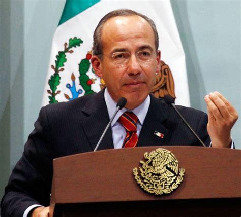El ex presidente panista Felipe Calderón Hinojosa, dejó a ...