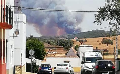 El fuego castiga de nuevo  El Rebellao  | Valverde de ...