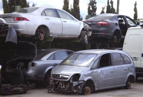 El funcionamiento de los desguaces de coches