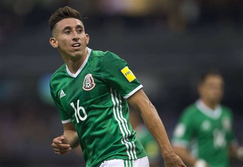 El futbolista Héctor Herrera afirma que cumple con sus ...