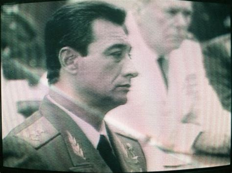El general Ochoa en su laberinto CubanetCubanet