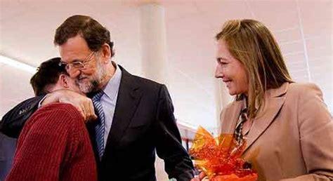 El hijo de Rajoy estudia ADE y Relaciones Internacionales ...