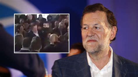 El joven que agredió a Rajoy en Pontevedra abandona el ...