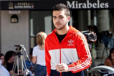 El joven que pegó a Rajoy, absuelto de una agresión a un ...
