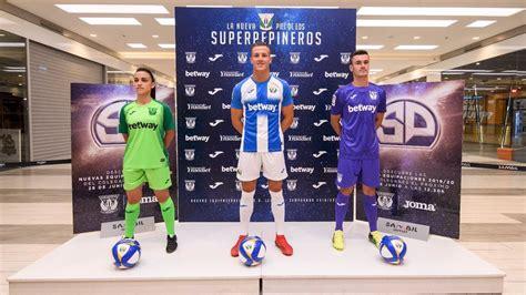 El Leganés presenta sus nuevas equipaciones para la ...