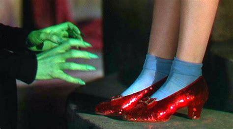 El mago de Oz : Después de trece años, el FBI recupera ...