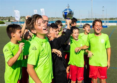 El mejor fútbol base, en la Copa de Campeones   FFCV