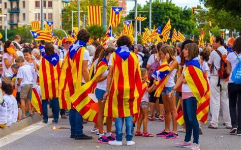 El  no  a la independencia de Cataluña ganaría por dos décimas