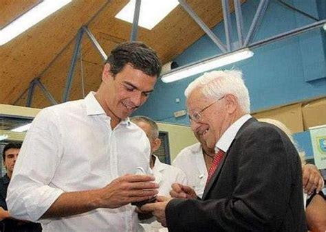 El padre Ángel, a Pedro Sánchez:  Rezo por él, para que lo ...