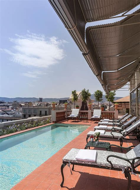 El Palace   Barcelona Rooftop terrace with swimming pool ...