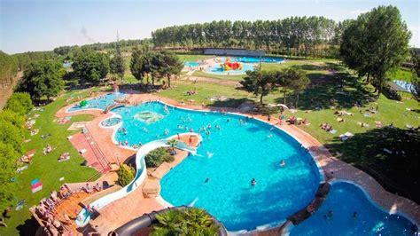 El  parque acuático  de Valencia de Don Juan abrió sus ...