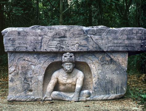 El Parque Museo la Venta #8 | Altar   la cultura olmeca El ...